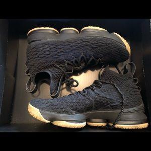 Nike Leviton XV.